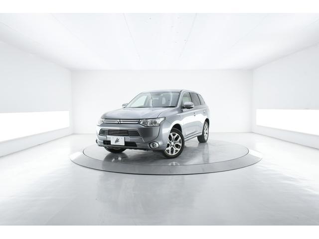 三菱 アウトランダーPHEV Gプレミアムパッケージ 4WD ロックフォード急速充電  レーダークルーズ