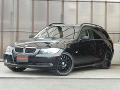 BMW320iツーリング ハイラインパッケージ 本革 Pスタート
