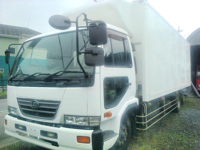 日産ディーゼル 冷凍冷蔵車 増トン 5.9トン ワイド ロング 格納ゲート