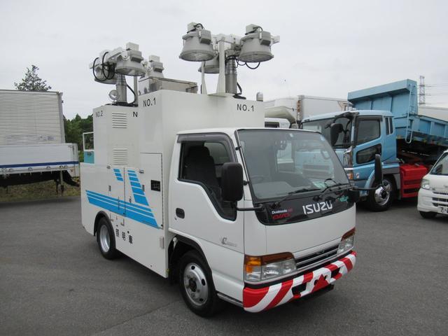 いすゞ エルフトラック 照明車 4WD