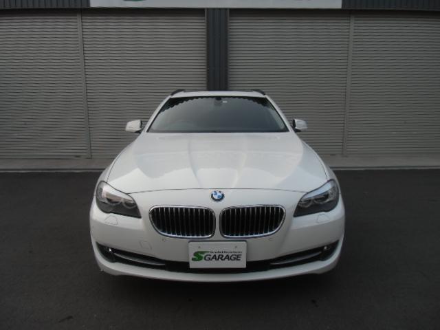 BMW 523iツーリング ハイラインパッケージ 黒革 SR ナビ