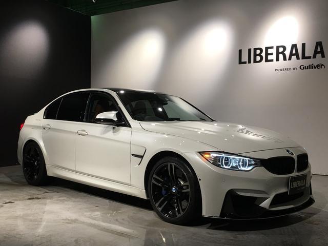 BMW M3 M3 カーボンルーフ/カーボンスポイラー/茶革シート/DVD再生/地デジ/バックカメラ/サイドビューカメラ