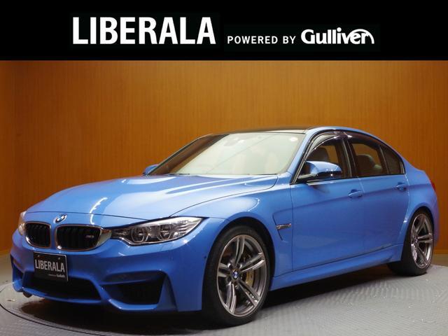BMW M3 M3 HELIXオーディオ Focalスピーカー 純正ナビ フルセグTV トップビュー カーボンセラミックブレーキ アダプティブMサスペンション 白革 LEDヘッドライト ドライブレコーダー 19インチAW