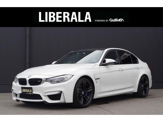 BMW 1オーナー/HUD/黒革/OP19AW/禁煙車/LEDライト
