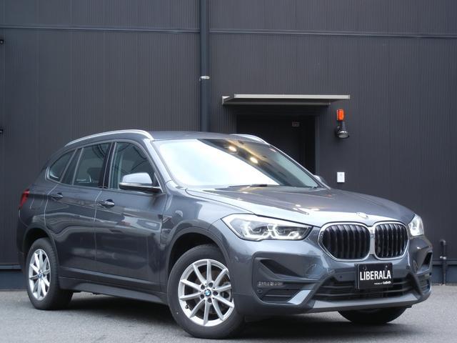 BMW xDrive 18d 4WD インテリジェントS LKA BSM ドライビングA PDC パーキングA HDDナビ/BlueTooth/Bカメラ オートライト LED コンフォートA ETC 保証書/取説/スペアキー有