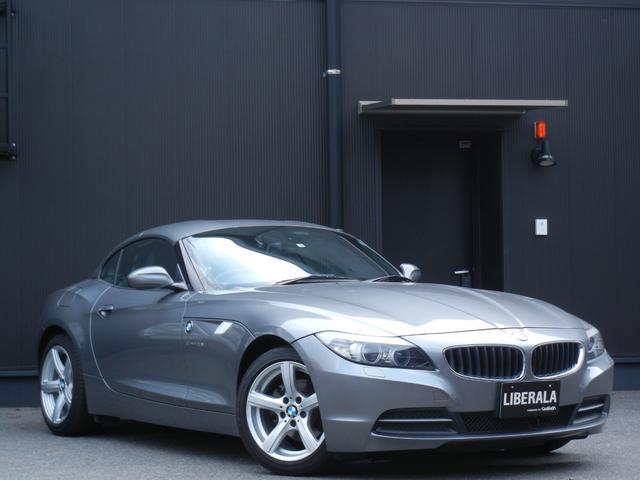 BMW sDrive23i ハイラインパッケージ 本革/ヒーター/パワーシート/メモリシート 電動オープン パドルシフト ETC HDDナビ/DVD/CD/AUX/TV 純正17インチAW プッシュスタート オートライト 保証書/取説/スペアキー