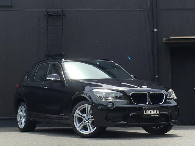 BMW X1 sDrive 18i Mスポーツ コンフォートアクセス プッシュスタートエンジン オートライト/HID HDDナビ/CD/AUX/USB 純正18インチアルミ ミラー内蔵型ETC ステアリングスイッチ フロアマット
