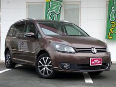 VW ゴルフトゥーランTSI ハイライン 純正ナビ バックカメラ コーナーセンサー