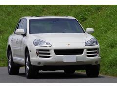 ポルシェ カイエンD車 左H V8 クロ革  記録簿 サンルーフ 保証付