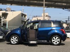 イスト1.5S 福祉車両 電動回転シート キセノンライト