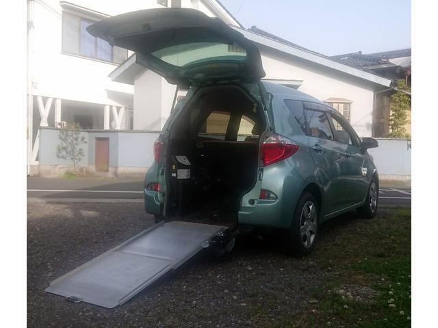 トヨタ ラクティス G 車椅子仕様車 スロパー・G(5名)・ETC・ナビTV