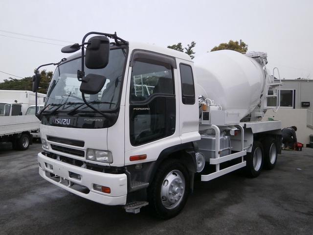 いすゞ 増tミキサー車 最大混合容量4.5立米 ドラム容量8.9立米