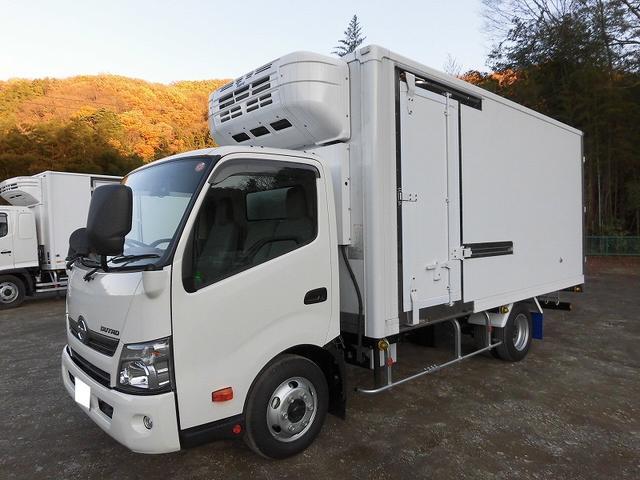 日野 小型3tワイドロング冷蔵冷凍車 サイドドア 全低床 2室