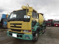 UDトラックスベースグレード 10t ミキサー車 電動ホッパーカバー