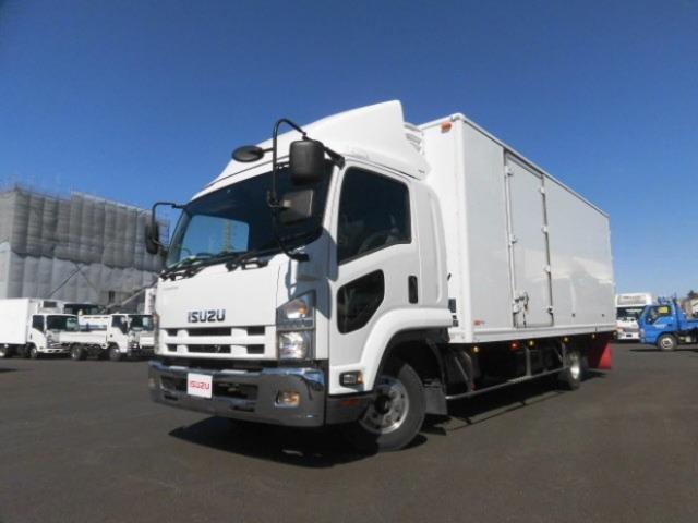いすゞ 4tクラス 6MT ワイド ベッド付 6200 冷蔵冷凍車