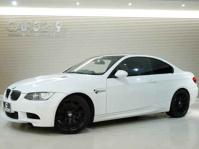 BMW M3クーペ 黒革・19インチアルミ・6速MT・Mドライブ・HDDナビ・ミラー型ETC・Rサンシェード・シートヒーター