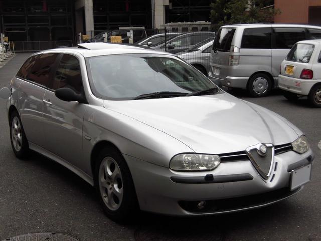 アルファロメオ アルファスポーツワゴン 2.5 V6 24V Qシ...