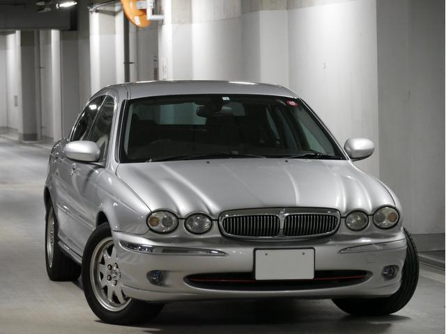 ジャガー 2.0 V6 右H ディーラー車 レザーシート