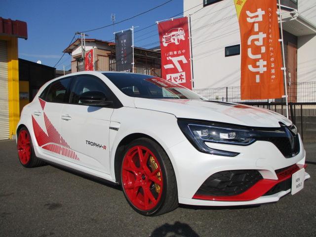 ルノー ルノー スポールトロフィーRカーボンセラミックパック 001/世界限定500 日本限定4台 ワンオーナー走行150km メーカー新車保証継承中
