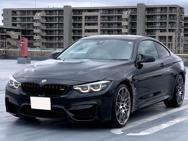 BMW M4クーペ コンペティション シルバーストーンレザー ヘッドアップディスプレイ ハーマンカードン カーボンインテリア カーボンルーフ アダプティブMサスペンション シートヒータ