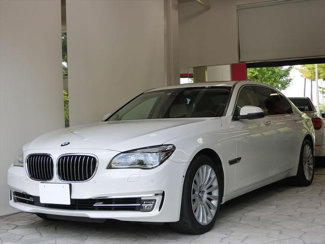 BMW 750Li スマートキー LEDヘッドライト 本革シート サンルーフ 純正ナビ ヘッドアップディスプレイ
