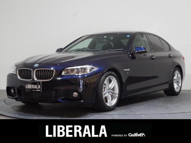 BMW 528i Mスポーツ 黒革/SR/ACC/インテリジェントS/衝突軽減ブレーキ/コンフォートアクセス/ETC/純正ナビ&地デジ/バックカメラ/パワーシート/シートヒーター/純正18インチアルミ/コーナーセンサー