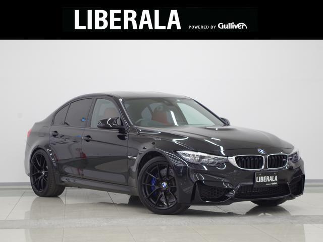 BMW M3 M3 harman/kardon カーボンインテリアトリム 赤革シート シートヒーター Pシート LEDライト 純正19インチAW HUD Mperformanceキャリパー 純正HDDナビ バックカメラ