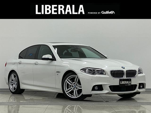 BMW 5シリーズ 535i Mスポーツ インテリジェントS Bカメラ SR 黒革 Pシート シートヒーター メモリーシート コーナーセンサー 純正HDDナビ DVD再生 フルセグTV Bluetooth パドルシフト 純正19インチAW