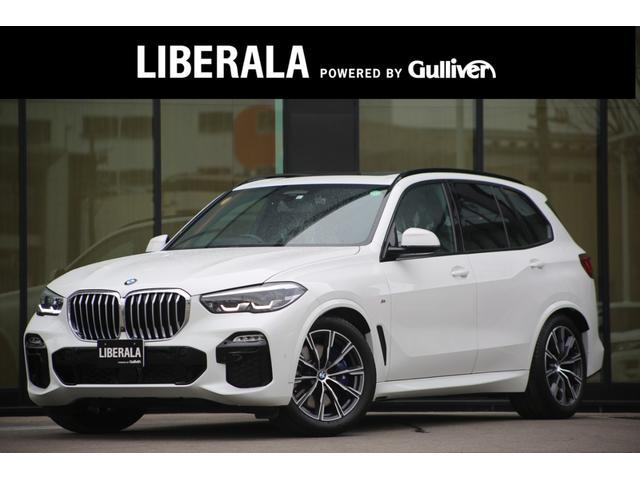 BMW xDrive 35d MスポーツスポーツドライビングDPKG ドラインビングダイナミクスPKG 茶革シートヒーターエアシートパノラマサンルーフHUDLKA全方位カメラジェスチャーコントロールキックセンサーワイヤレスチャージステアリングヒーターブラインドスポット