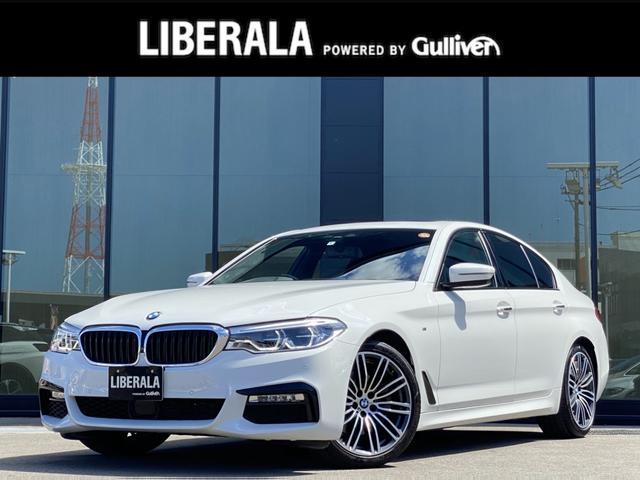 BMW  サンルーフ ACC LEDヘッドライト アンビエントライト インテリジェントセーフ歩行者警告 車線逸脱警告 側面衝突警告 電動リアゲート 純正ナビ フルセグTV 360°カメラ 純正19AW