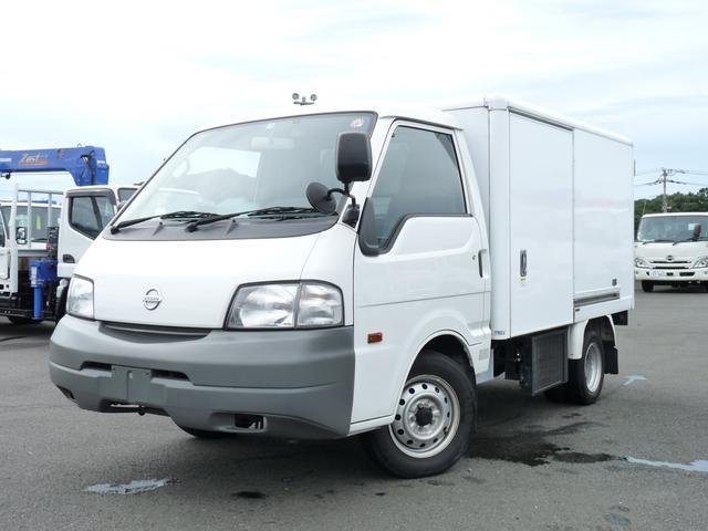 日産 0.8t・デンソー製冷蔵冷凍車・中温・2WD・MT