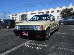 B2200ベースグレード 社外ナビ テレビ サンルーフ キーレス