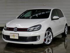 VW ゴルフGTI 黒革シート・地デジナビ・クルコン