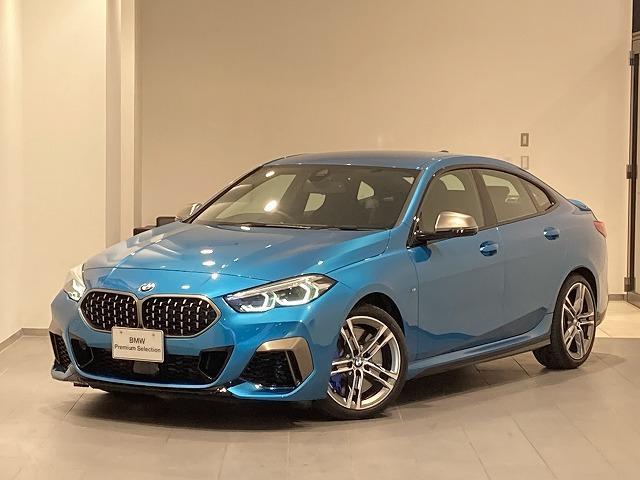 BMW M235i xDriveグランクーペ 弊社デモカー パーキングアシスト ドライビングアシスト パドルシフト 18インチホイール シートヒーター アクティブクルーズコントロール 前後センサー 電動シート 禁煙車 バックカメラ