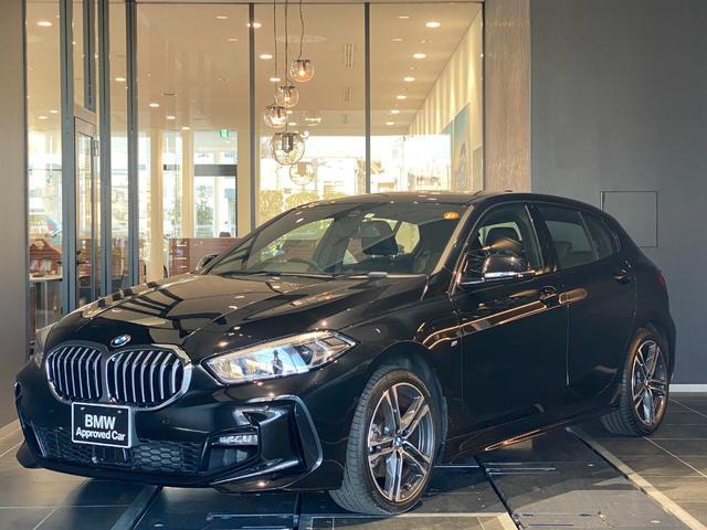 BMW 1シリーズ 118i Mスポーツ 弊社デモカー アクティブクルーズコントロール 禁煙車 コンフォートPKG パーキングアシスト 電動トランク ドライビングアシスト 18インチAW LEDヘッドライト ミラーETC ハーフレザーシート