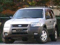 フォード エスケープXLT 4WD 禁煙 HDDナビ ETC TV LEDライト