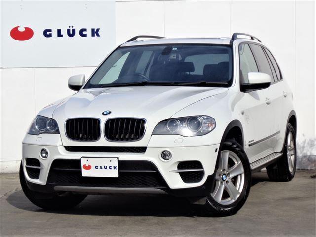 BMW X5 xDrive 35i パノラマサンルーフ 黒革シート 全席シートヒーター 純正HDDナビ 地デジ バック・サイドビュー・トップビューカメラ オートテールゲート 純正18インチアルミ ディスチャージ サイドステップ ETC
