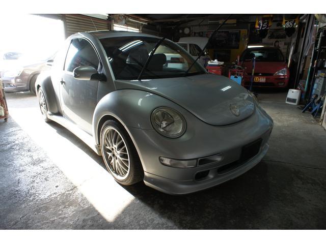 フォルクスワーゲン ターボ 911ポルシェターボルック カレラGT2仕様 ビックリアウイング メッシュアルミホイール センターマフラー サンルーフ ニュービートルGT2
