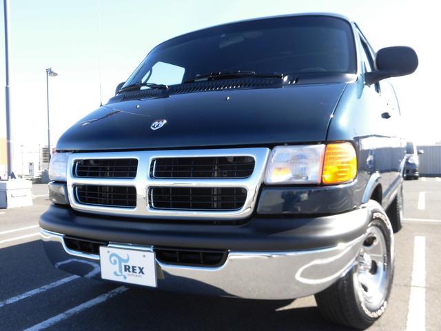 ダッジ  ショーティーパッセンジャー1ナンバー ECU取替 リビルトAT載せ替え ルーフライナー張替 新品ヘッドライト・テールランプ・フロアーマット 黒内装 R観音ドア