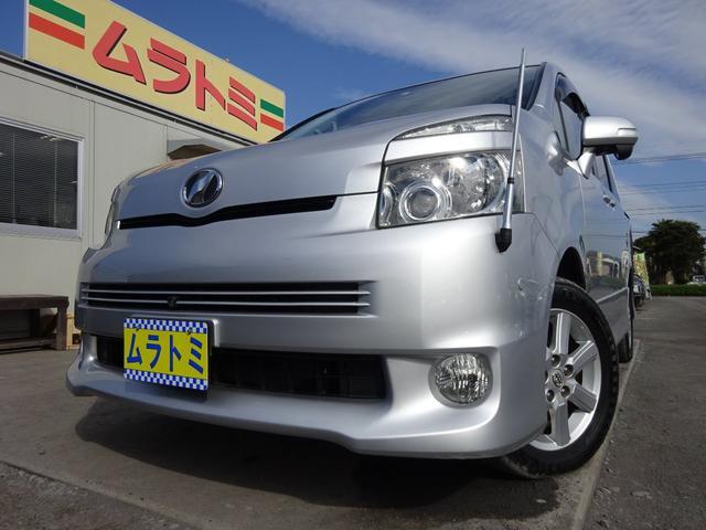 トヨタ Z 4WD 電動スライドドア HDDナビ Bluetooth HID フォグライト エンジンスターター AC100V電源 ETC スマートキー プッシュスタート 電格ウィンカーミラー バックカメラ