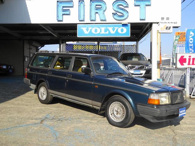ボルボ 240クラシックワゴン 200台限定車 ベージュ革シート