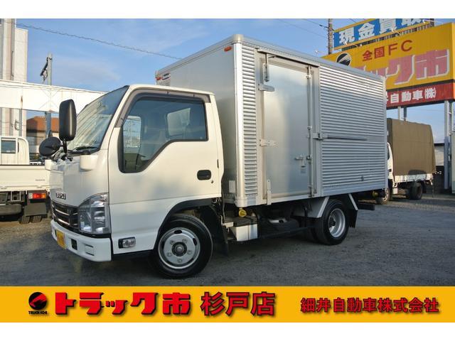いすゞ エルフトラック 積載2トン 全低床アルミドライバン 距離無制限1年保証