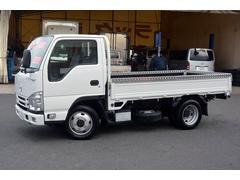 タイタントラック10尺 平ボディー 積載2000kg 4WD フォグランプ