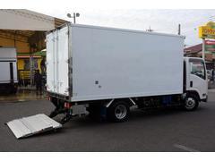 エルフトラックワイドロング 冷凍 2t サイドドア 格納ゲート スタンバイ