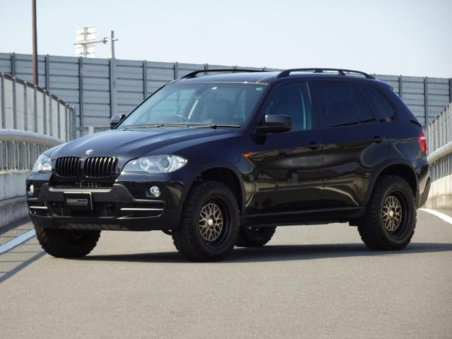 BMW xDrive 30i コンプライド リフトアップ仕様 WORK SeekerMX 18インチアルミホイール BMWパフォーマンスブラックキドニーグリル BMW純正オーバーフェンダー
