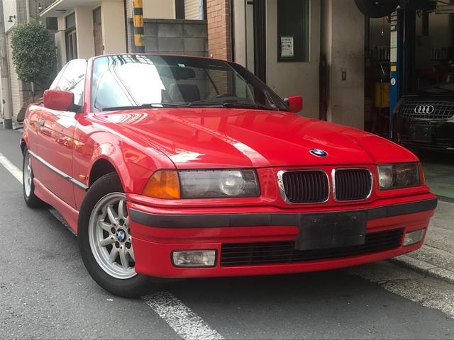 BMW 328iカブリオーレ 328iカブリオーレ(4名) 左ハンドル 黒革シート