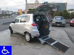 デミオ福祉車両 スローパー 電動固定式 リアシート付 5人乗り