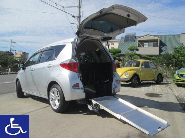 トヨタ X 福祉車両 スローパー 電動固定式 車椅子移動車 5人乗り HID ナビ ETC アルミホイール