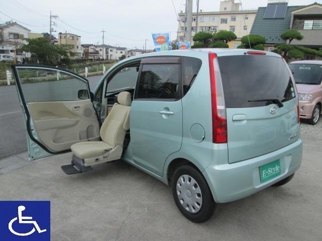 ダイハツ L 福祉車両 助手席電動回転シート(リモコン付き) ETC ドライブレコーダー