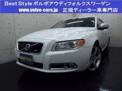 ボルボ V70T6AWD Rデザイン30台限定車 本革 サンR 2010M